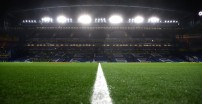 LONDON, ENGLAND - DECEMBER 10: General view inside the stadium  during the UEFA Champions League group H match between Chelsea FC and Lille OSC at Stamford Bridge on December 10, 2019 in London, United Kingdom. (Photo by Julian Finney/Getty Images)
