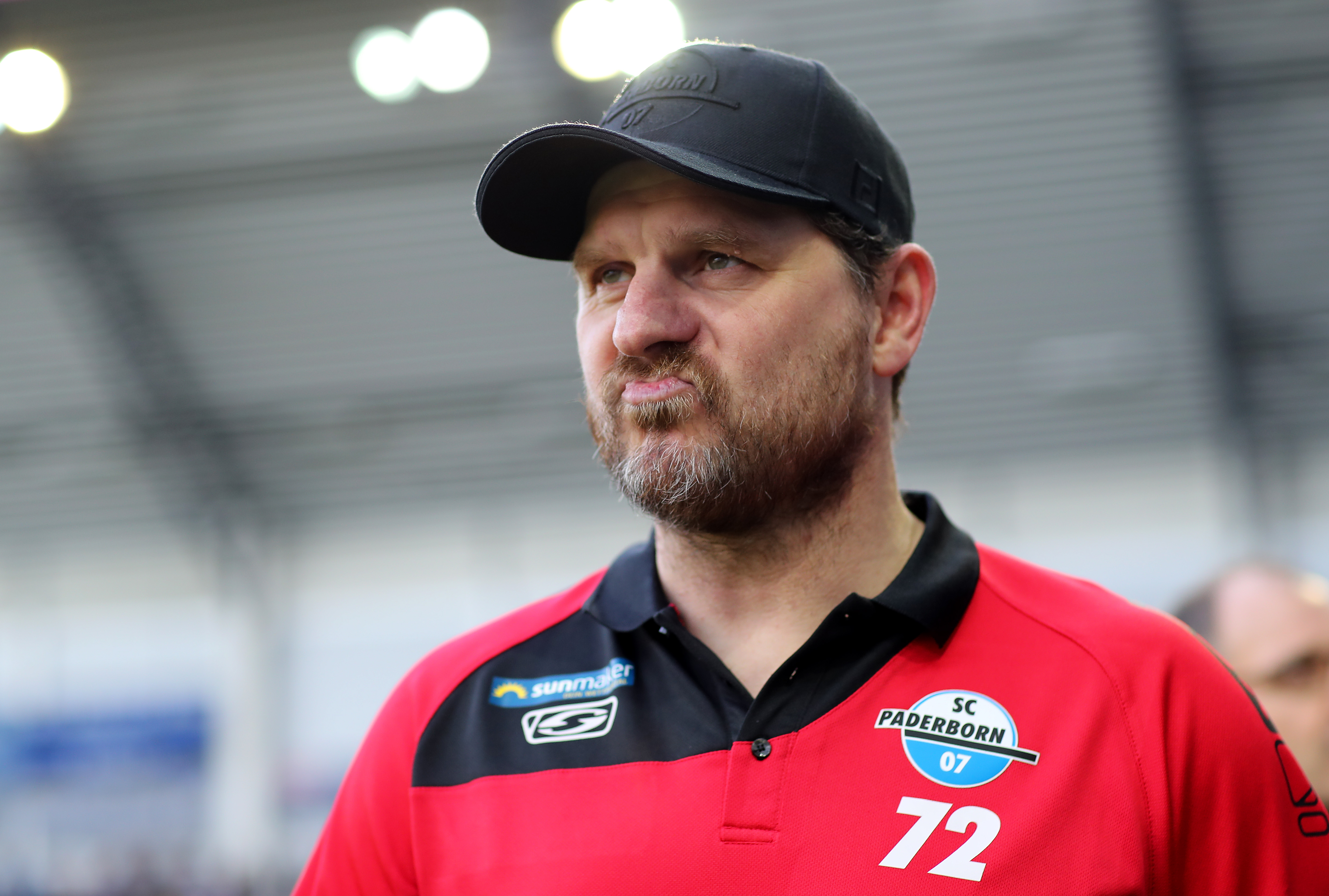 Paderborn boss Steffen Bamugart will be hoping to mastermind an upset win this weekend (Photo by Christof Koepsel/Bongarts/Getty Images)