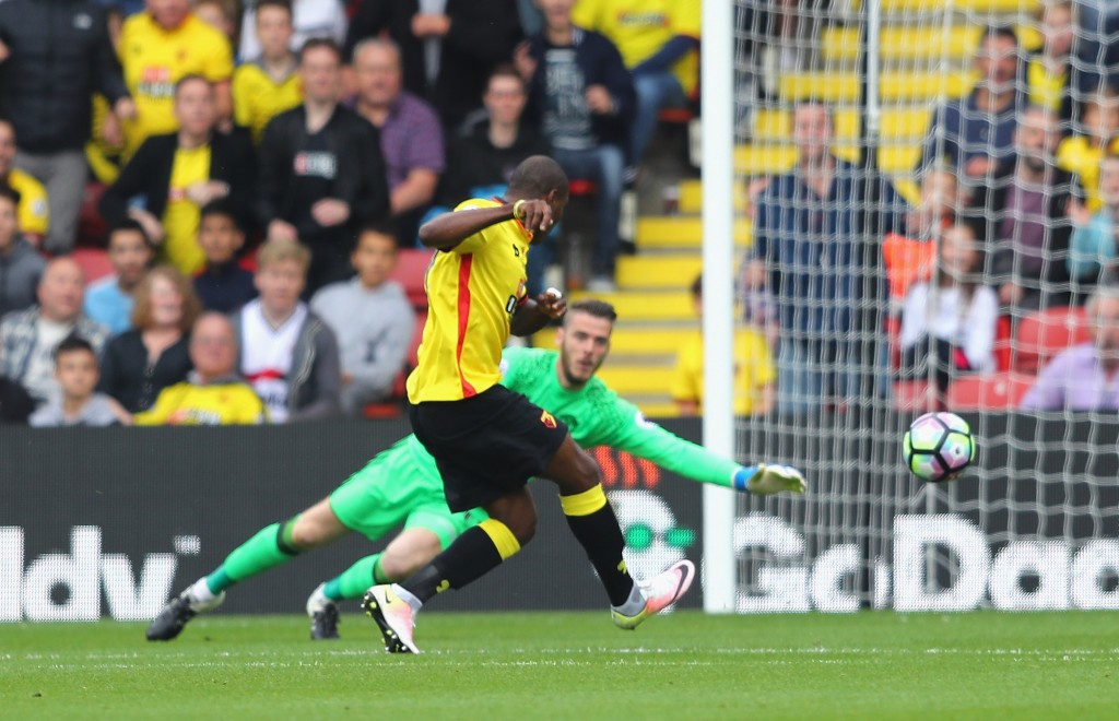 Manchester United beat Spurs to make surprise signing of Odion Ighalo